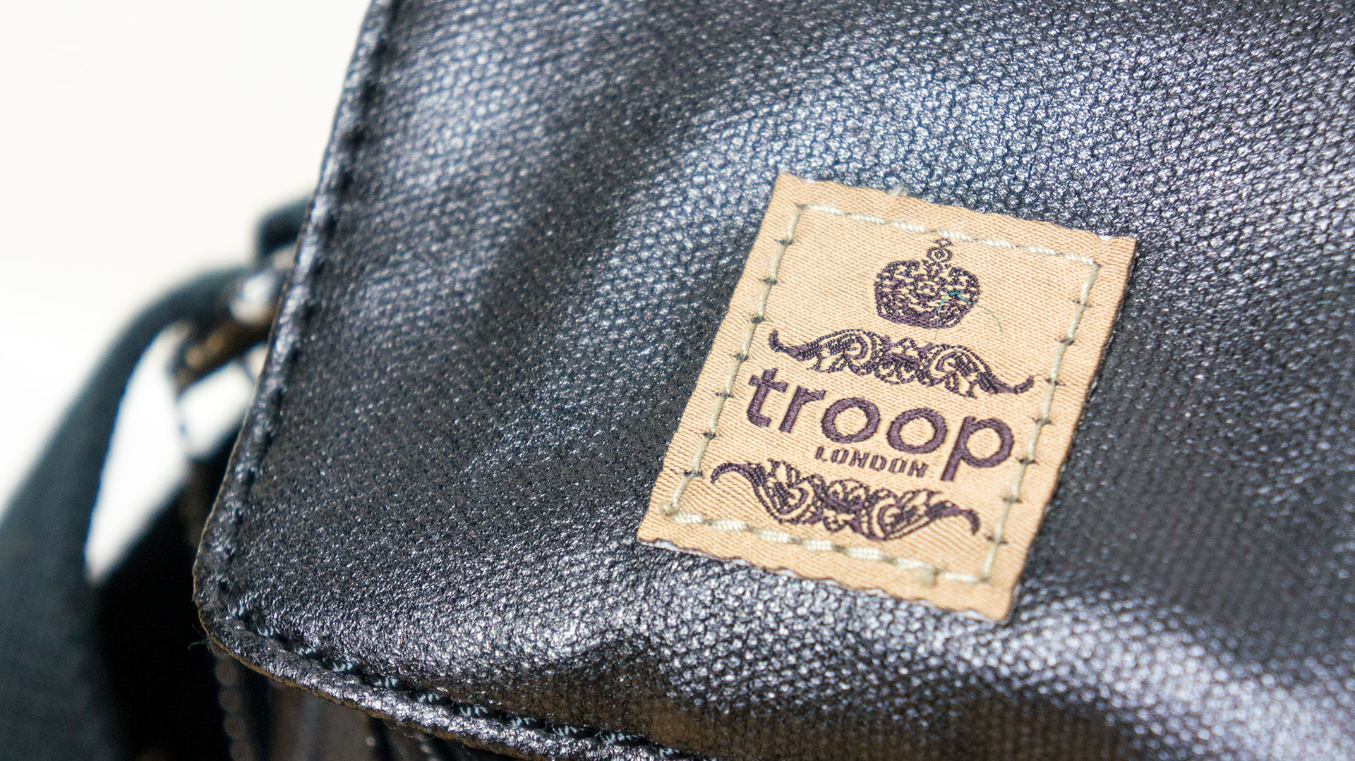 Troop London TRP0451